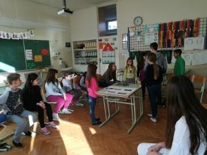 V ponedeljek, 20. 2. 2017, so se učenci medsebojno spoznali s pomočjo socialnih iger.